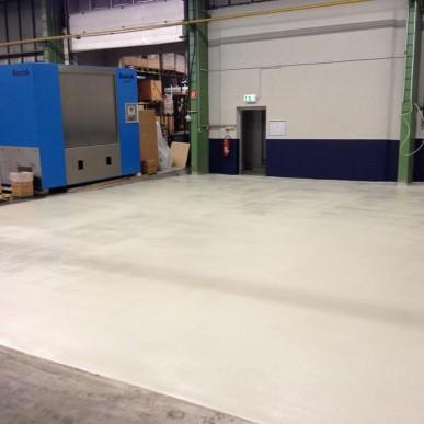 Industrieboden mit Epoxidharzbeschichtung